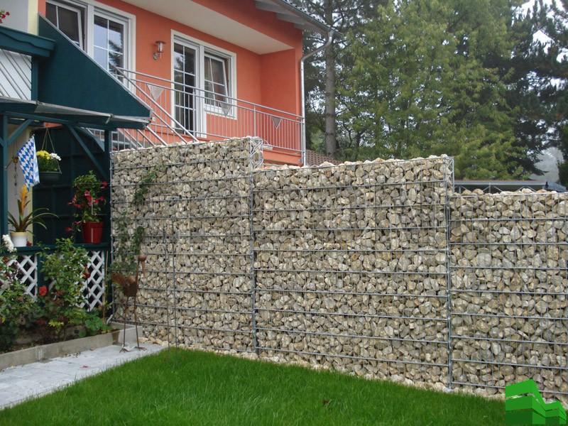 каменная изгородь