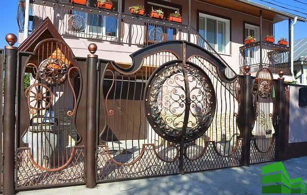 оригинальные кованные ворота