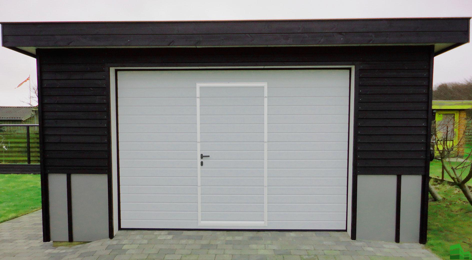 секционные ворота Встроенная калитка (дверь)